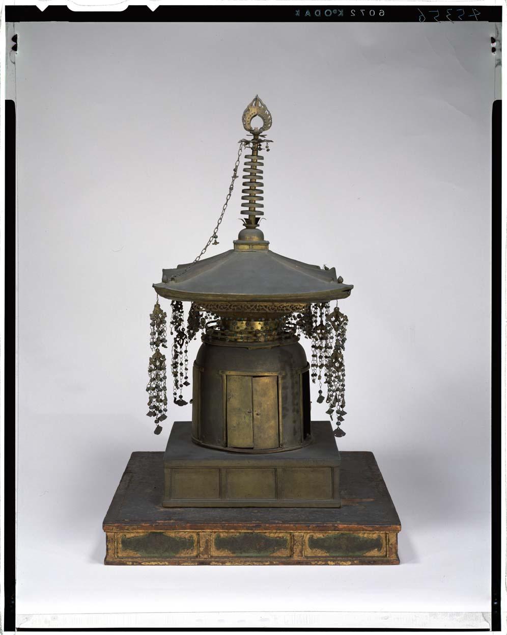 舎利塔 画像番号:  東京国立博物館 画像検索
