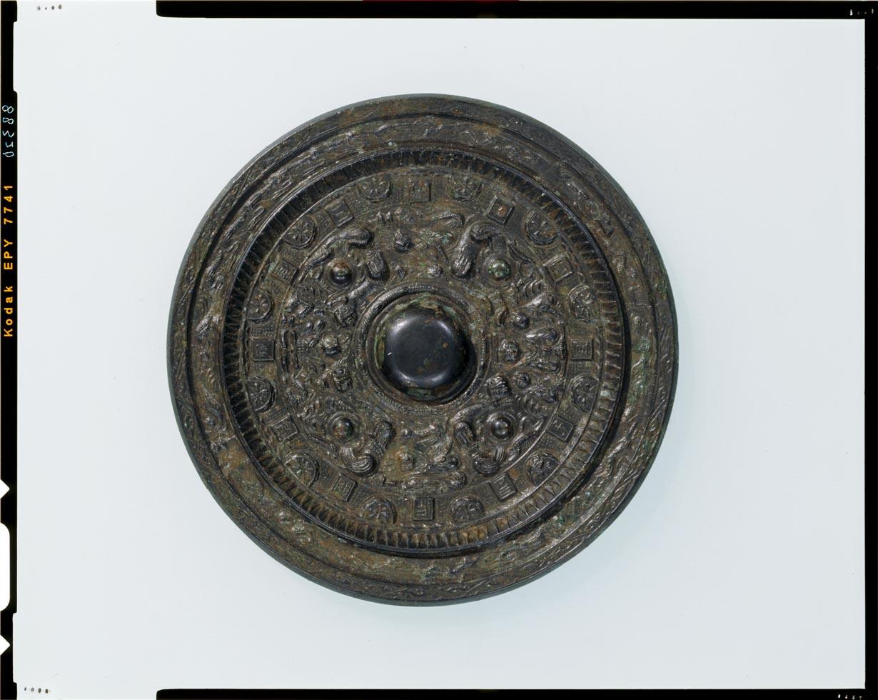 C0088320 求心式神獣鏡 - 東京国立博物館 画像検索