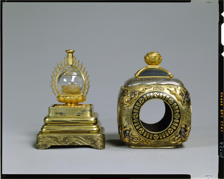 C0090254 蓮池蒔絵厨子及び舎利塔 - 東京国立博物館 画像検索
